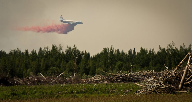 Air Tanker Water Bombing 16 - Wilson Prairie Fire, La Crete, Alberta