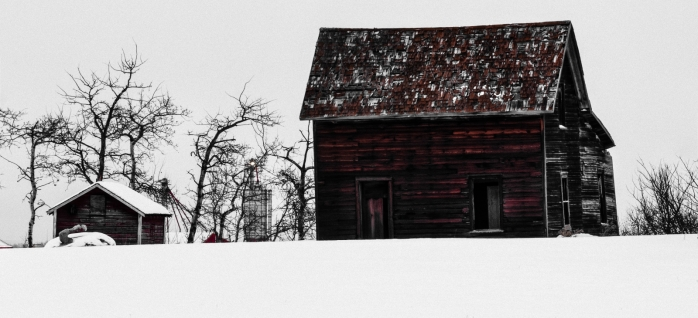 Derelict Farmhouse - Lamont, Alberta 3