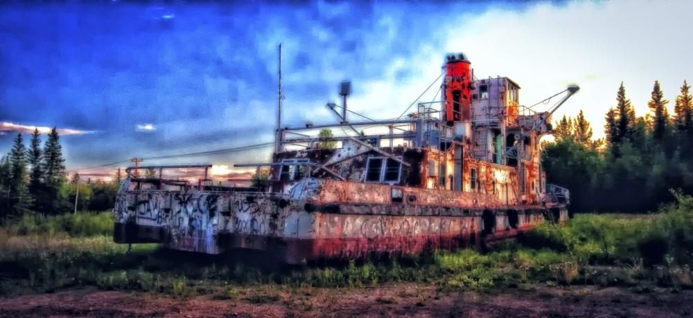 Derelict Vessel - Hay River, NWT - 3