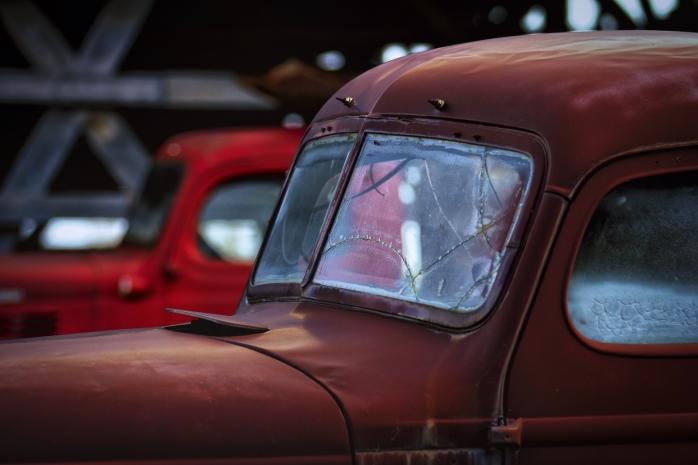 Cab & Chassis - Sangudo, Alberta
