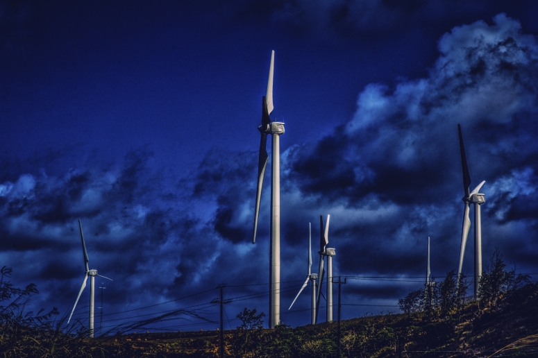 2 Wind Turbines - North Shore, Oahu 2