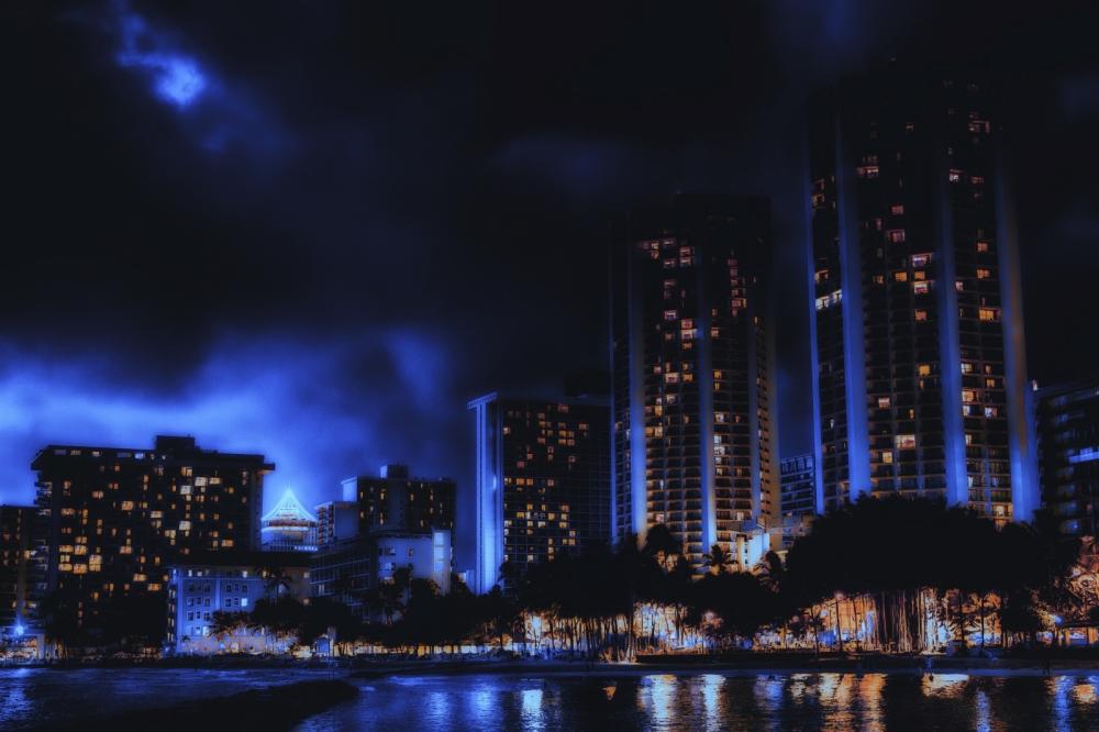 Waikiki Strip 2