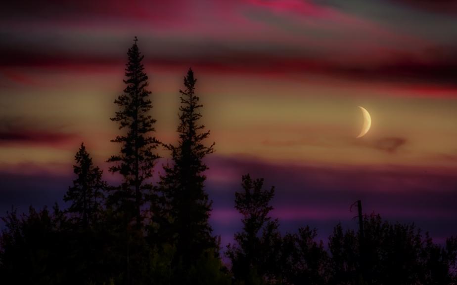 Buttertown Moon, Fort Vermilion, Alberta