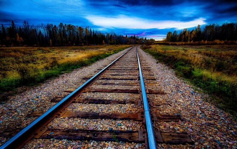 8 Rails - Keg River, Alberta 1