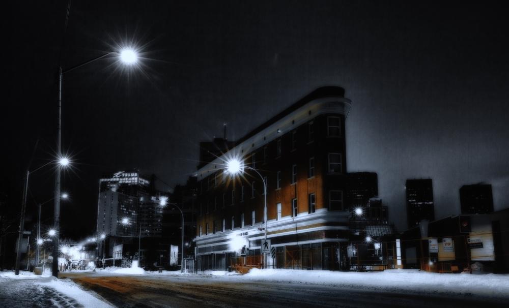 Jasper Avenue Apartment - Edmonton, Alberta 2