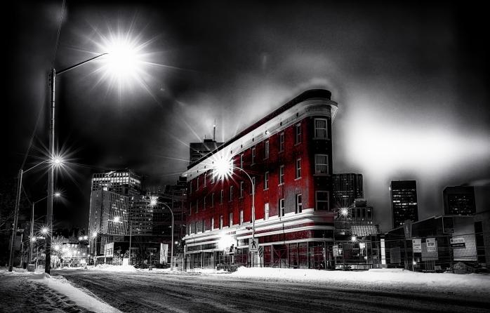 Jasper Avenue Apartment - Edmonton, Alberta 3