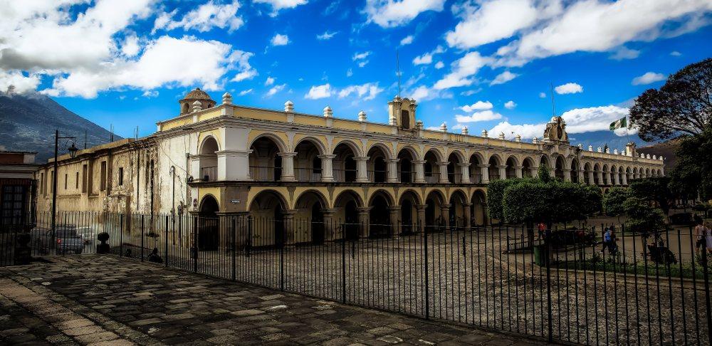 Antigua - Central Square