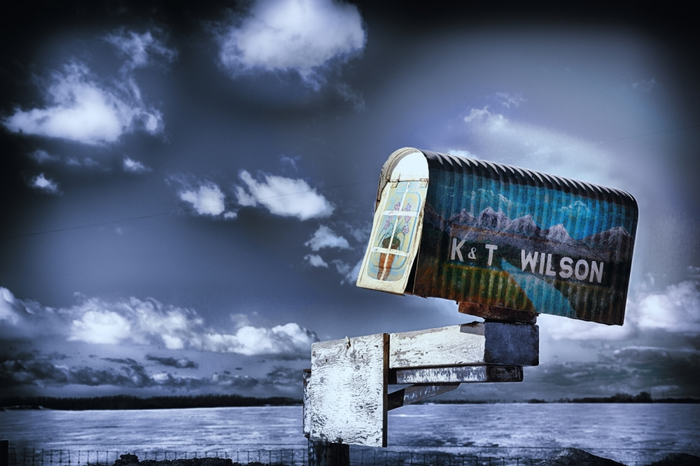 3 Farm Mailbox - Beaverlodge, Alberta