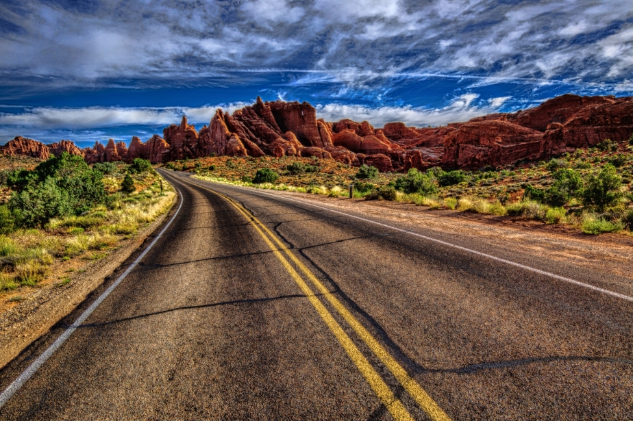 2 The Road - Arches Nat'l Park