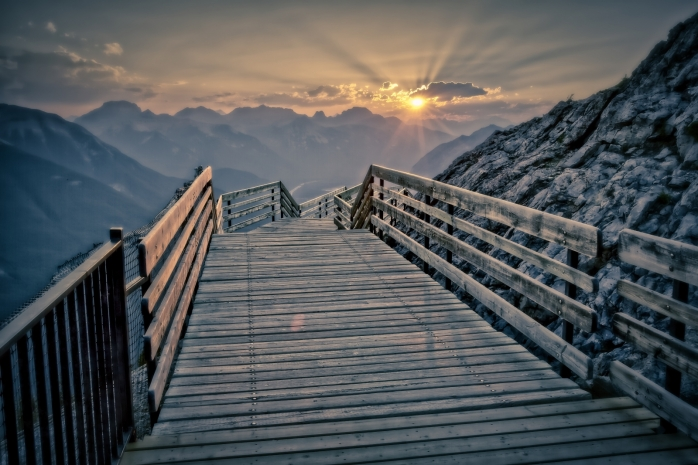 Gondola Sunset - Banff, Alberta - Canada i