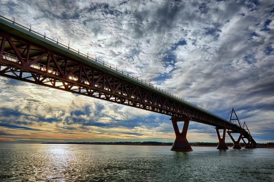 MacKenzie River Bridge - Fort Providence, NT - Canada i