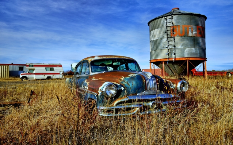 Pontiac Pathfinder - Manning, Ab - Canada i