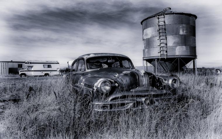 Pontiac Pathfinder - Manning, Ab - Canada ii