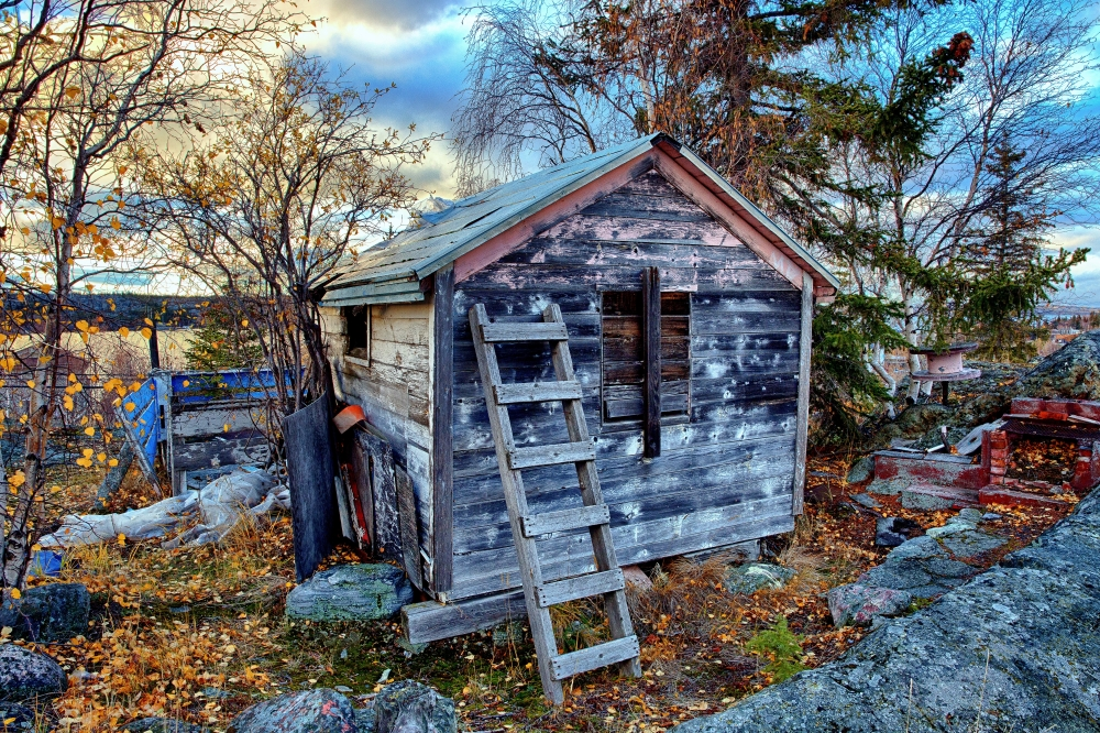 Shack near Pilot's Memorial - Yellowknife, NT - Canada