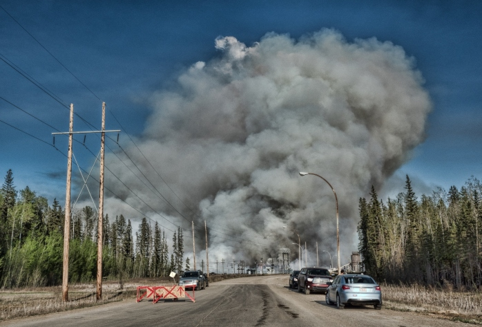 Wildfire - High Level, Ab - 4 May 2016 - 9