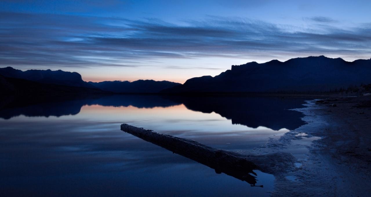 reflection-athabasca-river-jasper-national-park-canada-1