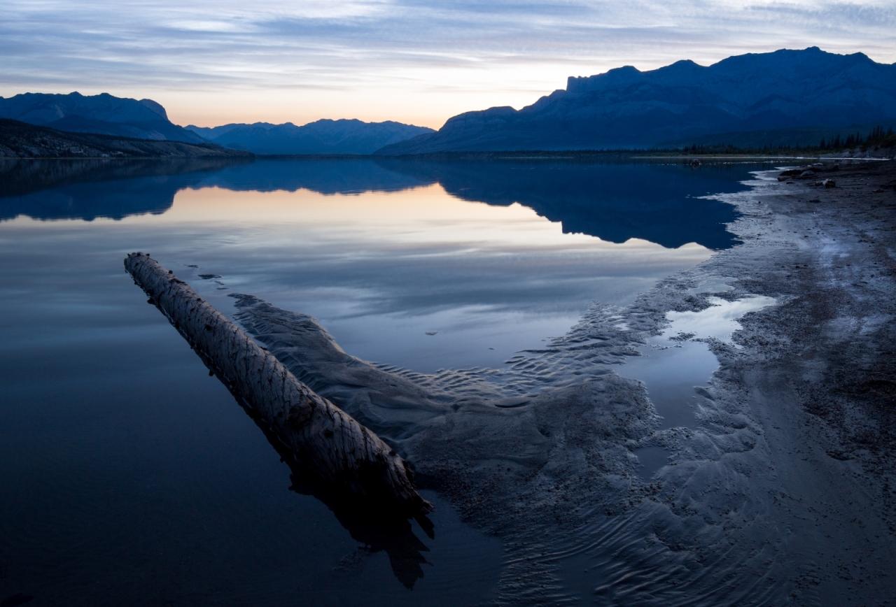 reflection-athabasca-river-jasper-national-park-canada-2