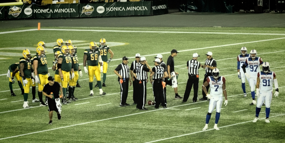 Eskimos vs Alouettes - Edmonton, Ab Canada 8