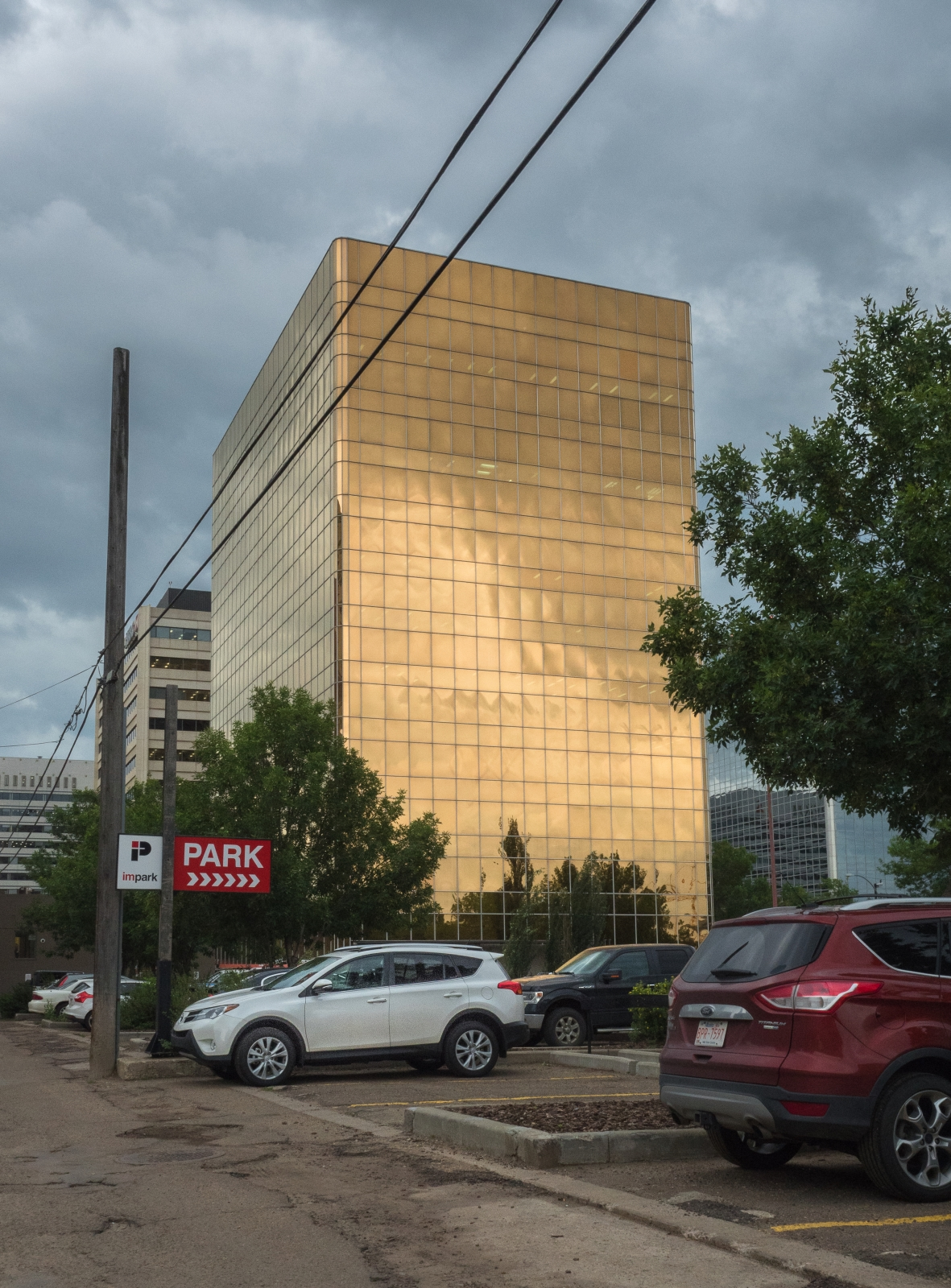 mirrored-building-edmonton-alberta-1