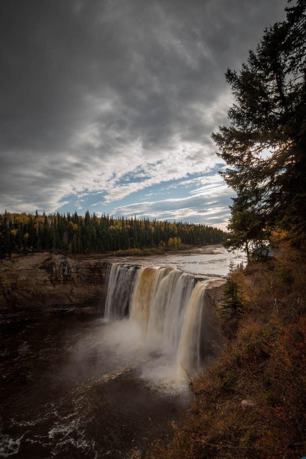 Alexandra Falls, Twin Lakes Territorial Park, NWT 3